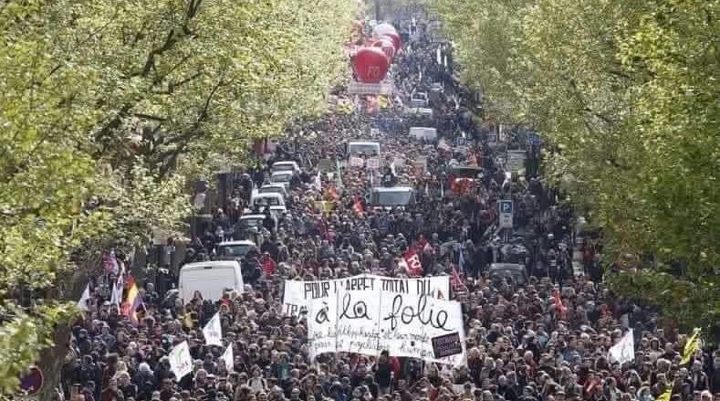 manifestação em 14 junho de 2016 em Paris