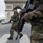 France PARIS confié aux mains de l'armée